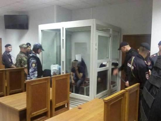Конвоир, взятый в заложники «бандой ГТА»: наручники можно было снять булавкой
