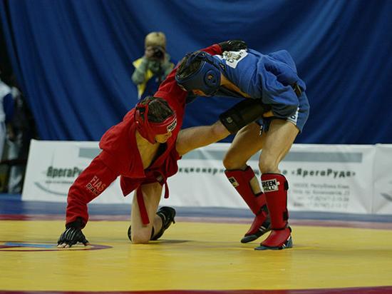 У пермского самбо - задачи не только спортивные