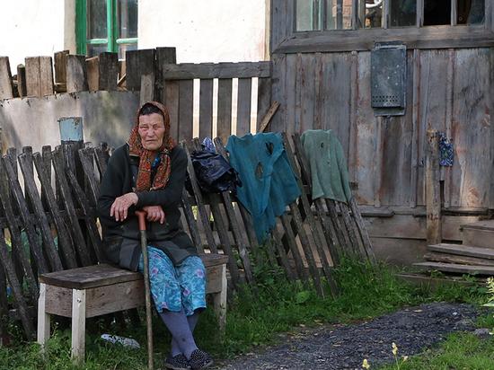 Две трети россиян стыдятся бедности: у кого чего болит