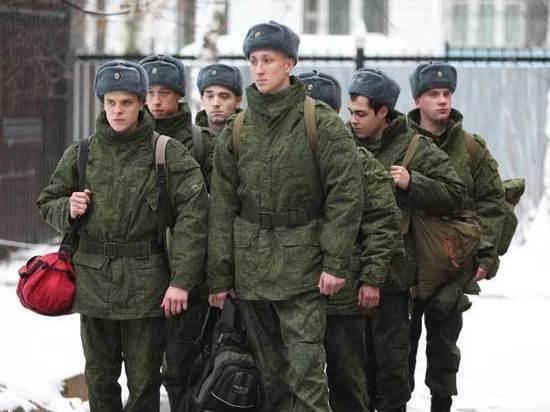 Депутаты предложили отменить отсрочку от армии для злостных алиментщиков