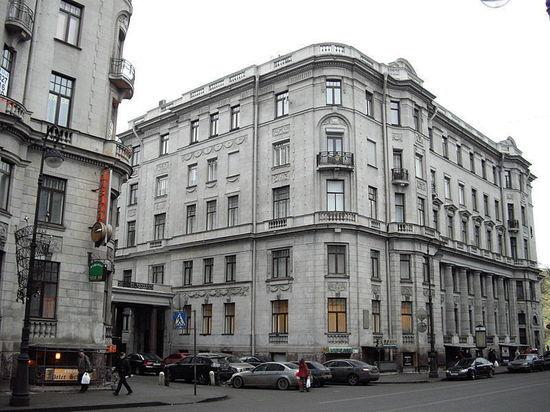 В Петербурге выставили на продажу квартиру Шостаковича