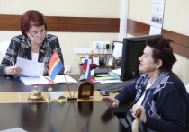 Председатель Калининградской облдумы провела приём граждан