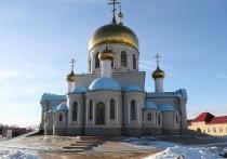 Андрей Бочаров побывал на крещенском богослужении в Волжском