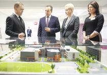 Медведеву показали русский цифровой комбайн