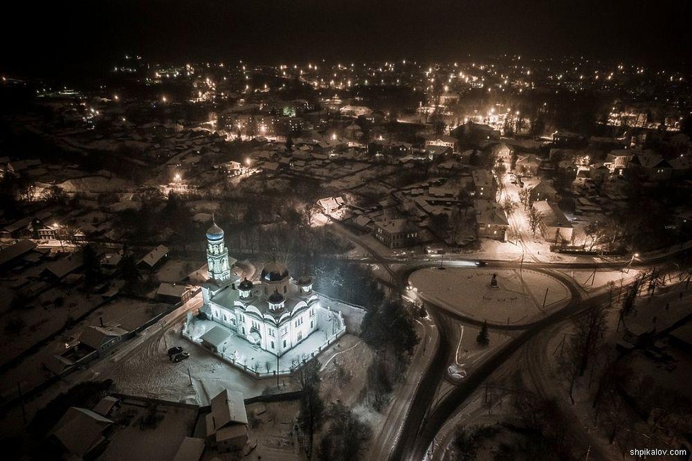 Зимний ночной Торжок увидели с высоты птичьего полёта