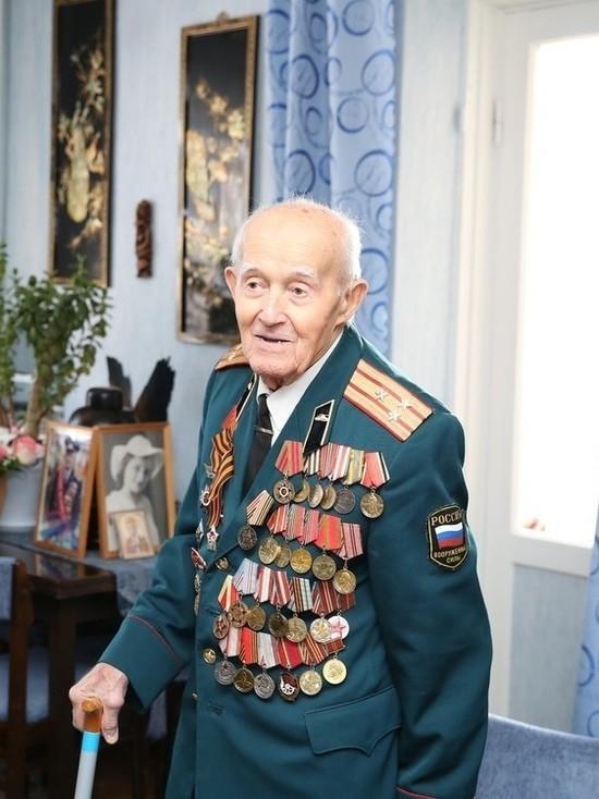 Написавший на рейхстаге «За Кавказ!» ветеран отмечает юбилей в Ставрополе