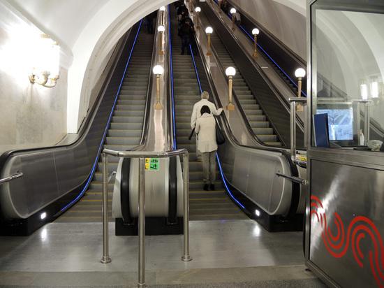 В московском метро будет новое время: старые часы устарели