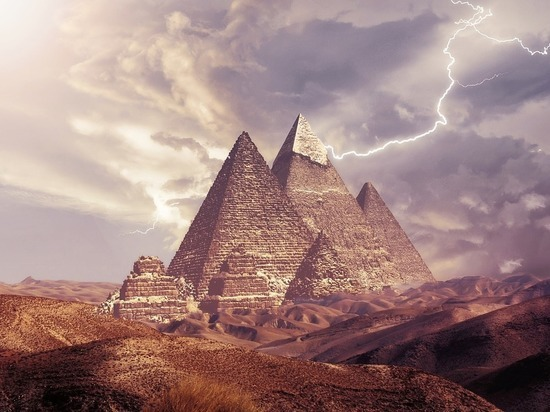 В Египте откопали гробницы первых фараонов
