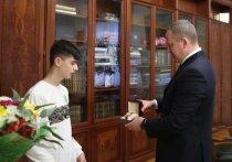 Астраханского школьника, спасшего шестиклассника из-подо льда, наградил врио губернатора