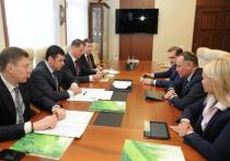 Губернатор и председатель Среднерусского банка ПАО Сбербанк обсудили вопросы развития сотрудничества