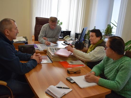 Усть-кутские общественники не могут рассчитаться с кредитами за книгу
