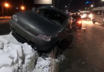 В Рязани при столкновении «девятки» и «Калины» пострадали водители