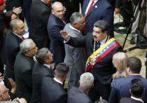 Президент Венесуэлы Николас Мадуро, выступая перед сторонниками в Каракасе, заявил, что Боливарианская Республика разрывает дипломатические отношения с Соединенными Штатами