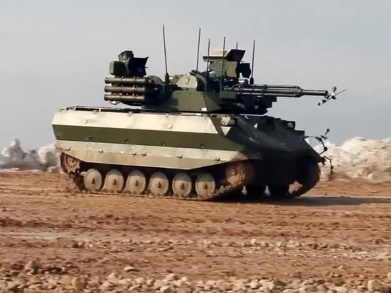 Российская армия приняла на вооружение боевого робота «Уран-9»