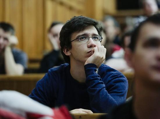 Две трети студентов педагогических вузов недовольны своими альма-матер