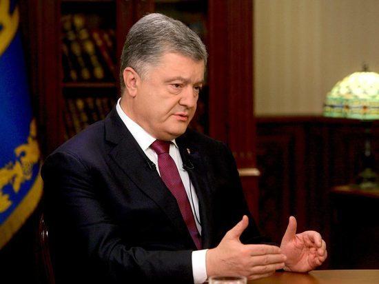 Экс-премьер Украины: у Порошенко нет шансов остаться у власти