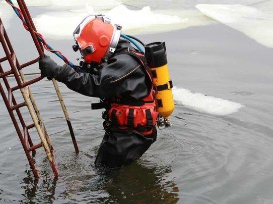 В Балтийске военнослужащие успешно справились с подводными испытаниями при минус 11 °С