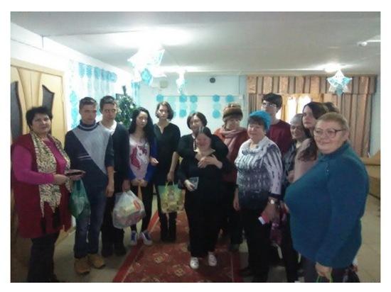 Студенты в гостях в доме престарелых егорьевский дом для престарелых