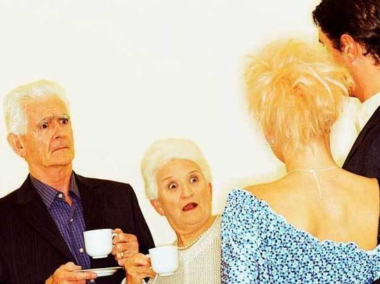 Причуды пожилых родителей:
