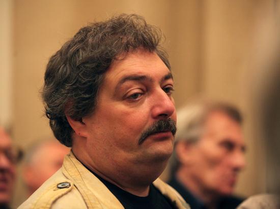 Депутат попросил Генпрокуратуру проверить слова Дмитрия Быкова