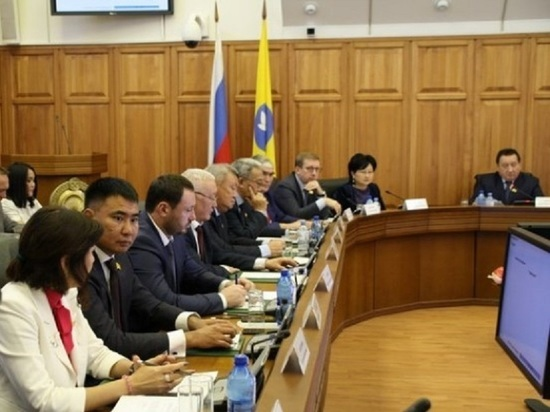 Депутаты Народного Хурала Калмыкии задолжали до 25 миллионов рублей