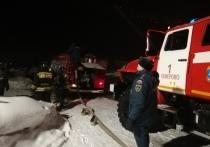 Около полуночи загорелась баня одного из домов на улице Полевой