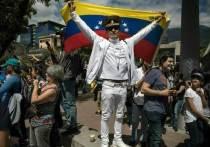 Военный атташе переметнулся к оппозиции: последует ли армия