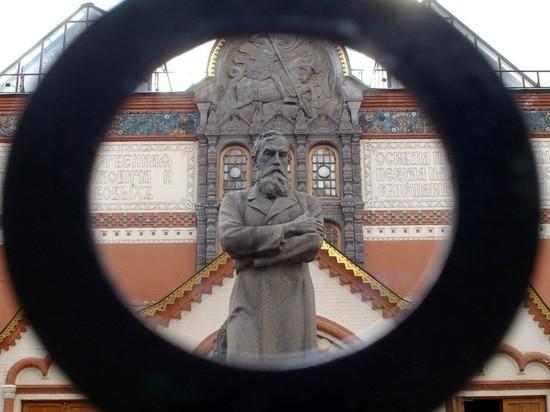Составлен фоторобот похитителя картины Куинджи из Третьяковки