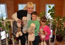 Дети Маргариты Суханкиной Валерия и Сергей мечтают съездить в Китай и увидеть Великую стену, о чем они сообщили своей звездной мамочки
