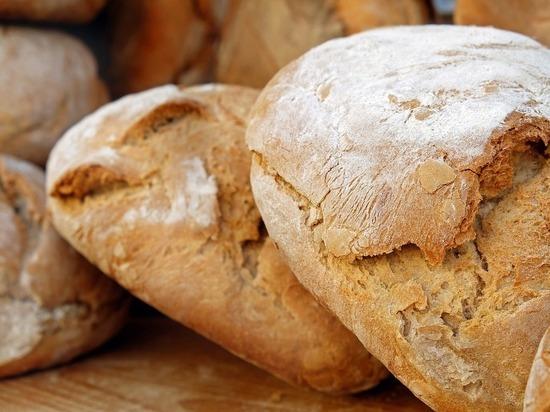 Россиянам предложили употреблять меньше хлеба