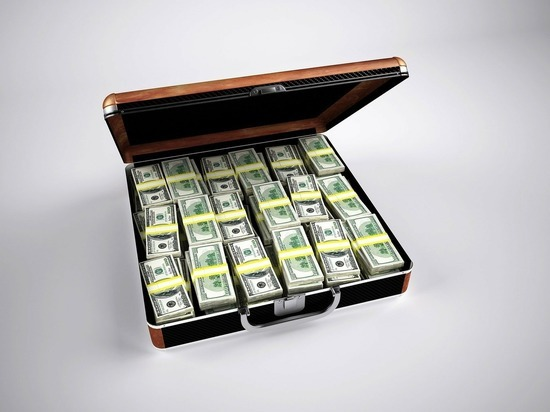 Бой с тенью: нелегальный торговый оборот России составил $45 млрд