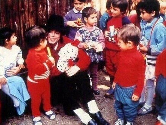 Семья Майкла Джексона грубо ответила на новые обвинения: