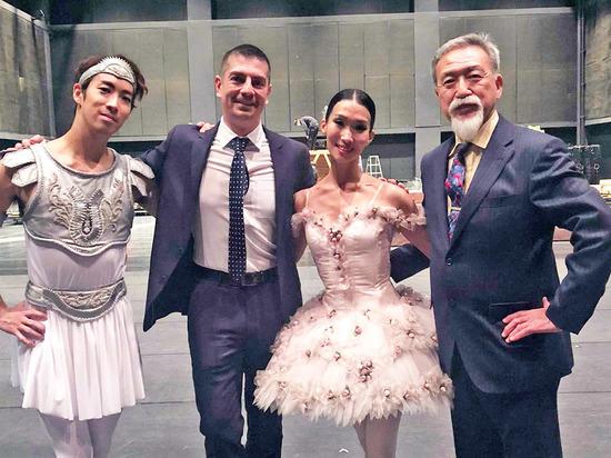 Бурятская танцовщица в Японии съездила к псу Хатико