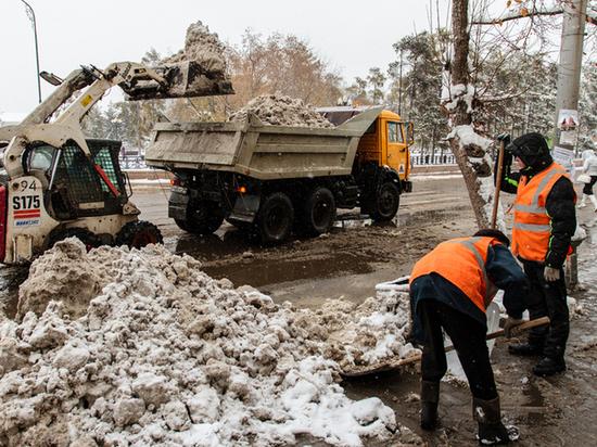 Иркутские дорожники считают соль главным оружием в борьбе с гололедом