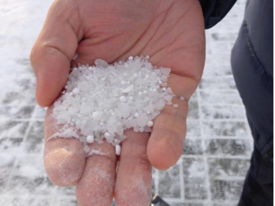 Новосибирск отказывается от пескосоляной смеси на дорогах