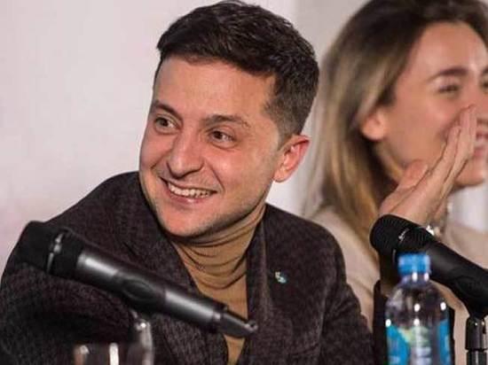Зеленский обогнал Тимошенко: предвыборный опрос показал перспективы Порошенко