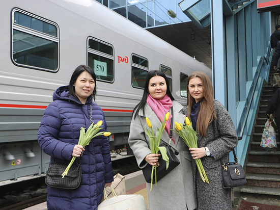Два десятка новых локомотивов приобрела за год СКЖД