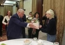 В Ярославле лидер справедливороссов вручил подарки и пообщался с губернатором
