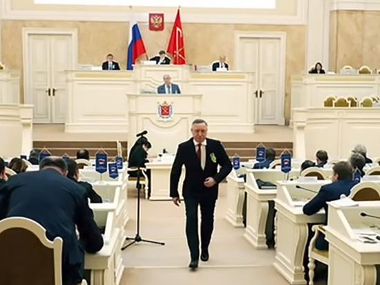 Сбегающему от депутатов Александру Беглову грозит иск