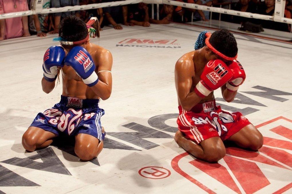 фото бойцов тайского бокса превышает