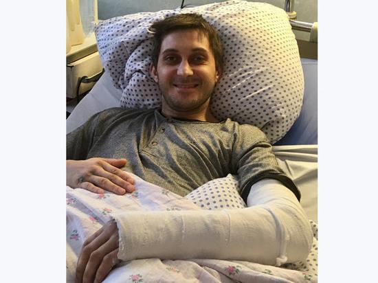 Необычная операция в Подмосковье: пациенту восстановили руку из его кости