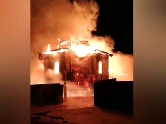 В Шелехове сгорел баптистский молельный дом