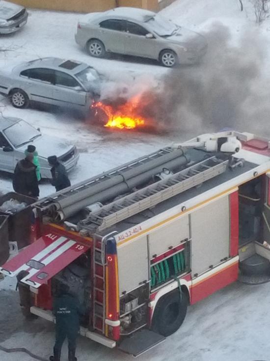 Бийчанин отогревал авто в мороз и оно сгорело