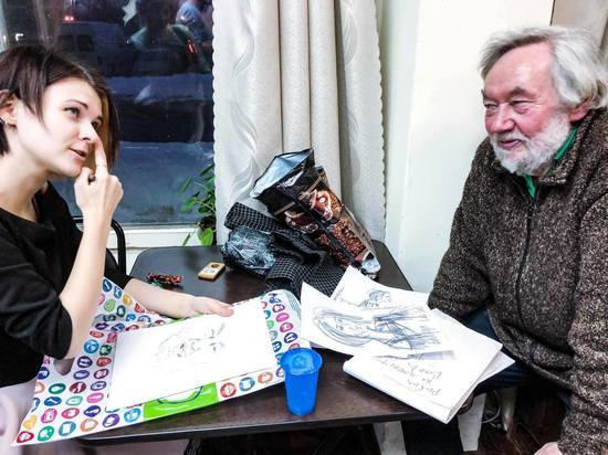 Как три подвыпивших карася вдохновили псковского художника на создание скетч-клаба