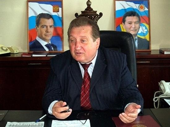 Калмыцкий депутат о спикере парламента: «Голова - не инструмент. Главное - гибкая спина»
