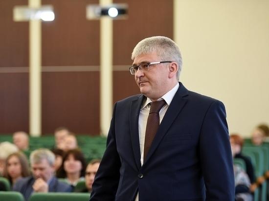Глава управления образования Нижнекамска покинул пост