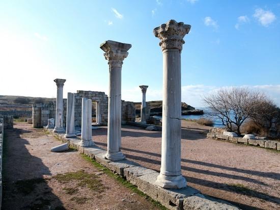 Верующие смогут бесплатно проходить в Херсонес по спецпропускам