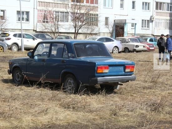 Более 37 тыс. случаев парковки на «зеленой зоне» выявлено в Казани