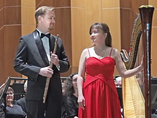 В Воронежской филармонии зазвучала золотая флейта