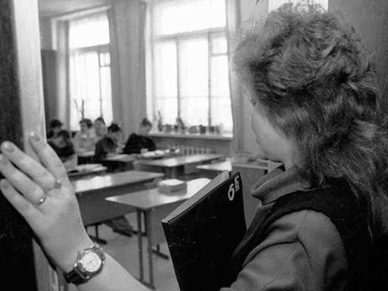 Депутат предложил ввести плату за битье школьников учителями